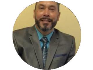 Pastor Raul Quiñones